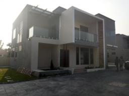 4 bedroom townhouse for rent at Abelenkpe