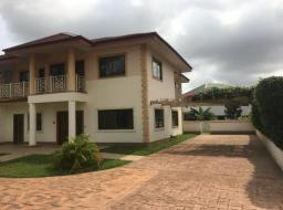 4 bedroom townhouse for sale at Oyarifa