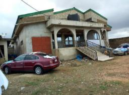 5 bedroom house for sale at Accra Awoshie ayaa hill top