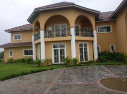 5 bedroom house for sale at Trasacco