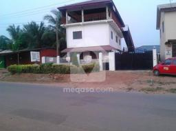 11 room commercial space for sale at Abokobi Area