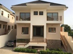 5 bedroom townhouse for sale at Cantonment