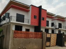 3 bedroom townhouse for sale at Dome