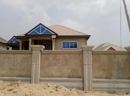 4 bedroom house for sale at Kwabenya