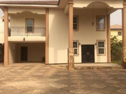 4 bedroom house for rent at spintex