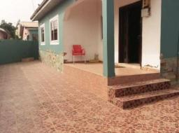 3 bedroom house for rent at Mile 7