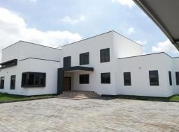 5 bedroom house for sale at Tema