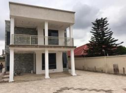 5 bedroom house for sale at Westlands