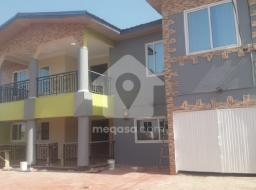 7 bedroom house for rent at Haatso