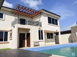 house for sale at Tema community 25