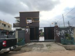 3 bedroom house for sale at Atomic Down