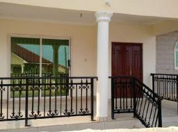 3 bedroom house for rent at Oyarifa Rd