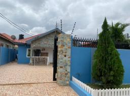 3 bedroom house for sale at Kwabenya ACP