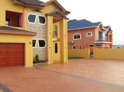 5 bedroom house for sale at 5 bed house self compound for sale swimming pool two different house lo