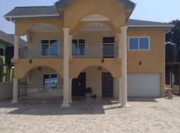 4 bedroom house for sale at ACHIMOTA (GGBL OVERHEAD CLOSE TO MAIN ROAD)