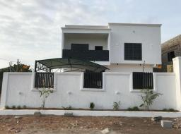 4 bedroom house for sale at Lakeside