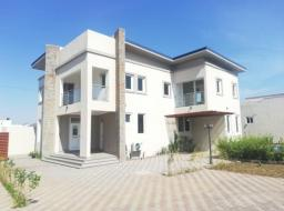 4 bedroom townhouse for rent at Tse Addo