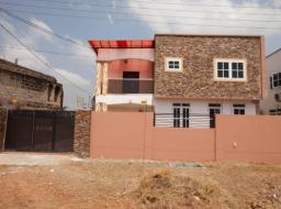 4 bedroom house for sale at Spintex> com 18