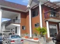 5 bedroom house for sale at Kumasi Atasomanso  For sale 5 bedrooms house boys quarter