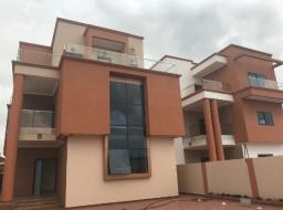 5 bedroom house for rent at Eadt legon