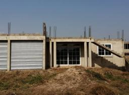 4 bedroom house for sale at Tema,Community 25