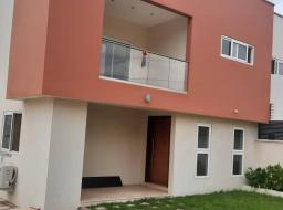 4 bedroom house for sale at EAST AIRPORT CLOSE TO PALACE MALL