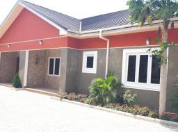 2 bedroom townhouse for rent at Dansoman