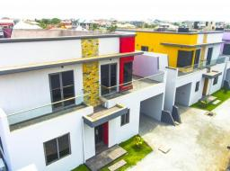 4 bedroom townhouse for rent at Tse Addo High Street
