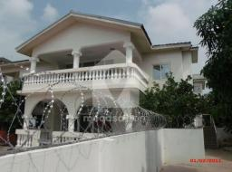 4 bedroom apartment for rent at Ashaley Botwe