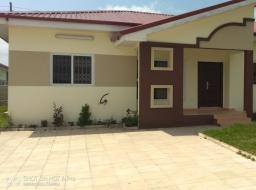 3 bedroom house for rent at Oyibi