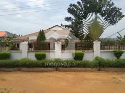 5 bedroom house for sale at Oyarifa