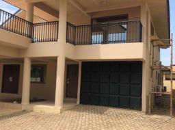 4 bedroom house for rent at Dome