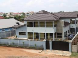 5 bedroom house for rent at Adenta