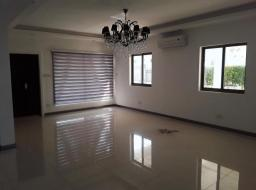 3 bedroom townhouse for rent at Airport East