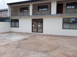 8 bedroom house for sale at Community 1 Tema Harbour Round About