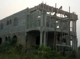 6 bedroom house for sale at Oyibi